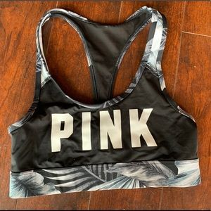 PINK sports bra!🖤